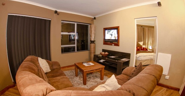 Executive Suite - Roundhouse